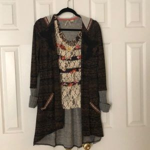 Buckle sweater and top